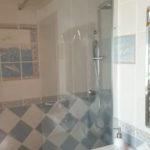Salle de bain rez de chaussé au Gite de Fournels